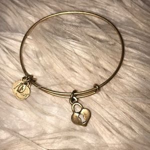 ALEX AND ANI- KEY TO MY HEART NECKLACE